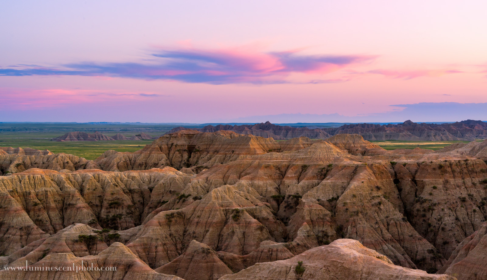 Last light in Badlands National Park, South Dakota. Nikon D800e with 70-200mm f/2.8 AFS G VRII Nikkor zoom. 1/8s @f/11, ISO 400